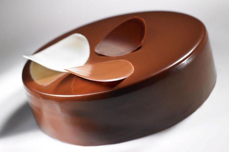 Glazed chocolate cake